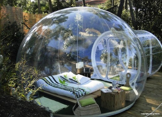 Dreamt up by French designer Pierre St phan  the bubble room is the quirky  result of the creation of Eco friendly space against the backdrop of nature. Snapshot  Be with nature  with all the comforts   The Gallivant Post
