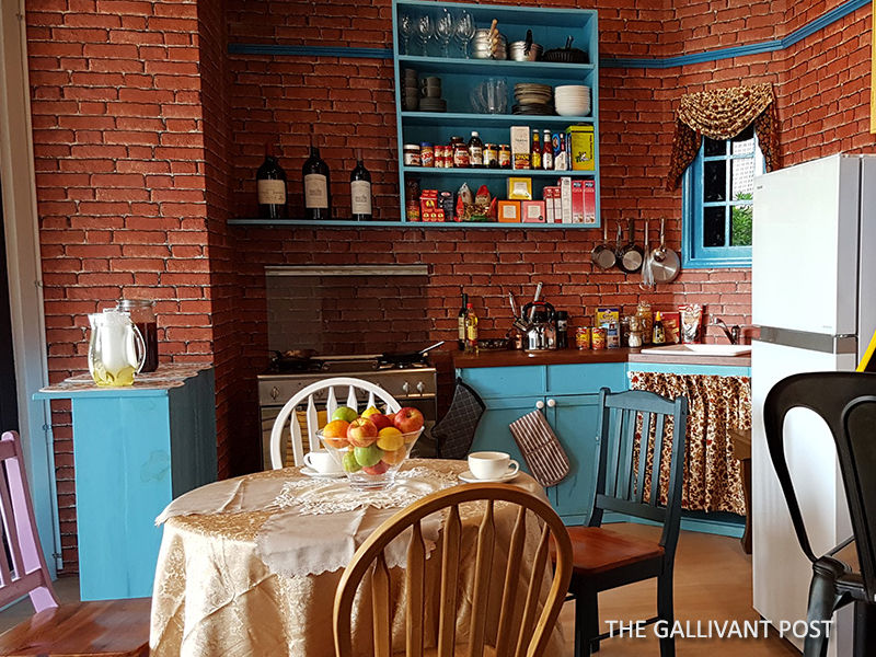 Monica' Kitchen in Central Perk