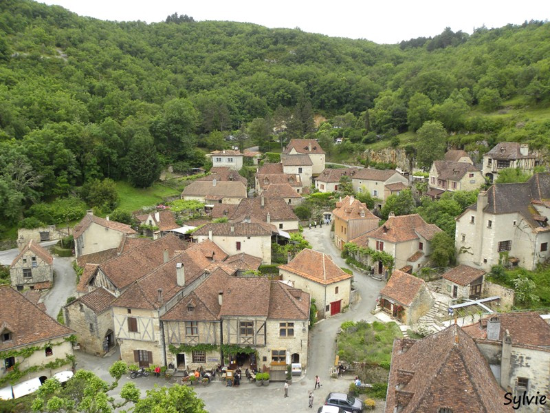 The village of Saint-Cirq Lapopie