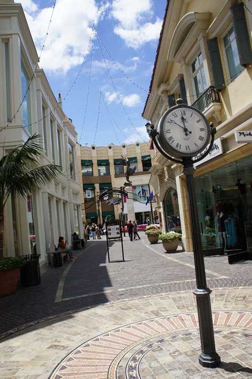 One of the shopping alleys at The Grove